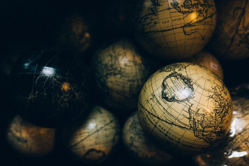 Globes Unsplash